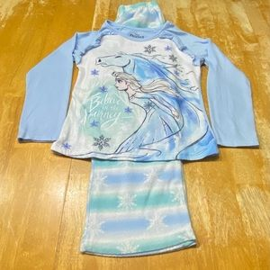 Disney Frozen 2 Elsa Girl's Pajama Set Size 7/8